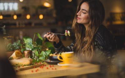 Hoe kun je leren genieten van het leven voor direct meer voldoening?